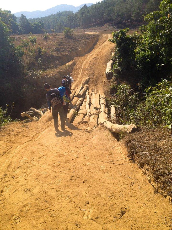 Cung đường trekking đẹp nhất Việt Nam Tà Năng Phan Dũng Mùa cỏ cháy 10