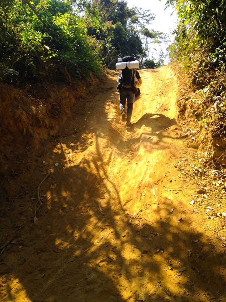 Cung đường trekking đẹp nhất Việt Nam Tà Năng Phan Dũng Mùa cỏ cháy 11