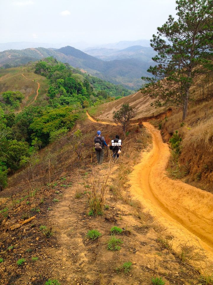 Cung đường trekking đẹp nhất Việt Nam Tà Năng Phan Dũng Mùa cỏ cháy 21