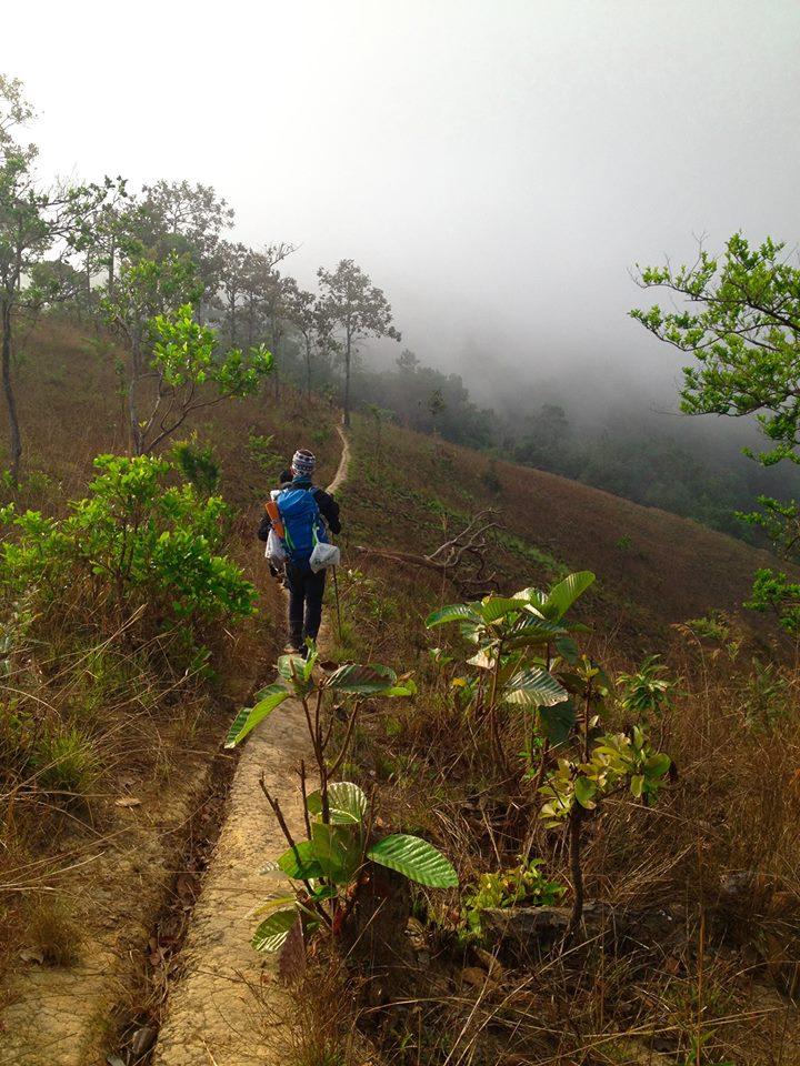 Cung đường trekking đẹp nhất Việt Nam Tà Năng Phan Dũng Mùa cỏ cháy 29