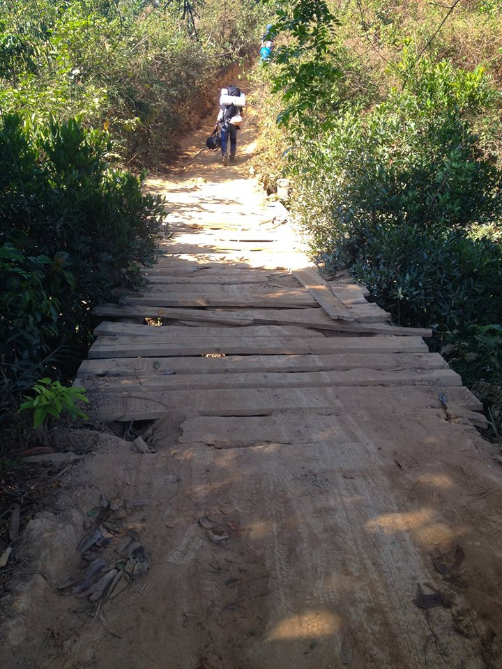 Cung đường trekking đẹp nhất Việt Nam Tà Năng Phan Dũng Mùa cỏ cháy 8