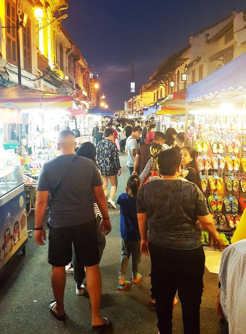 Chia sẻ kinh nghiệm du lịch bụi Melaka - chợ đêm Jonker Walk