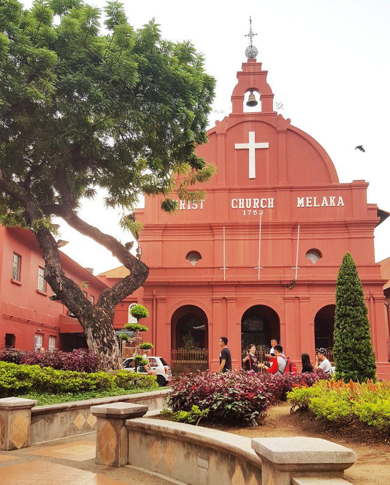 Chia sẻ kinh nghiệm du lịch bụi Melaka - Nhà thờ Christ Church Melaka