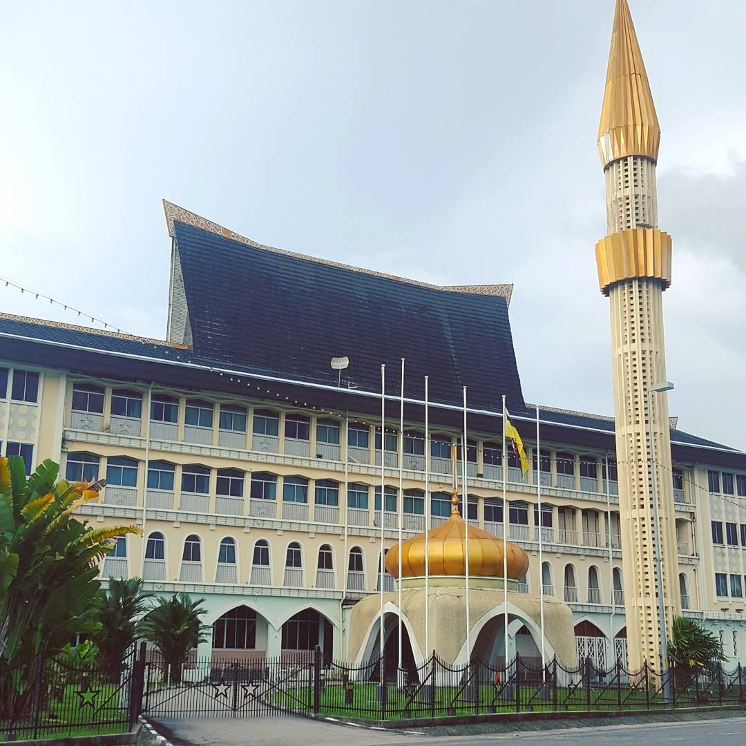 Du lịch bụi Brunei - Thánh đường Omar Ali Saifuddien Mosque 3
