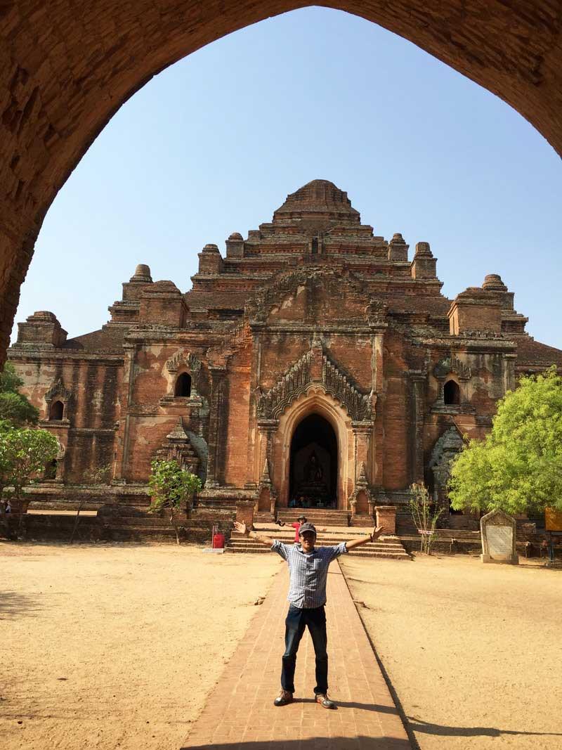 Chia sẻ kinh nghiệm du lịch bụi Myanmar 11 - Đền DhammaYangyi