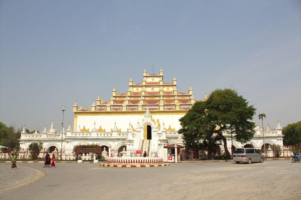 Chia sẻ kinh nghiệm du lịch bụi Myanmar 20 - tu viện Shwenandaw Monastery