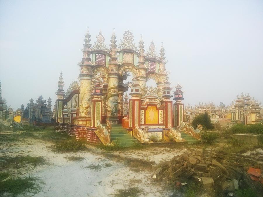 Thành phố ma An Bằng - Ngôi mộ hoành tráng