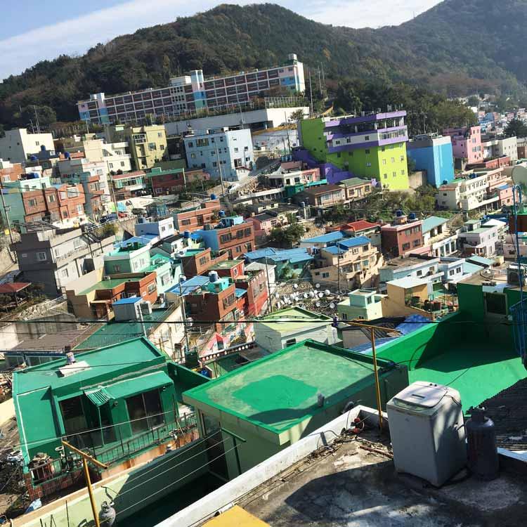 Chia sẻ kinh nghiệm du lịch bụi Hàn Quốc trong 8 ngày - hình 11 - Làng Gamcheon Culture Village