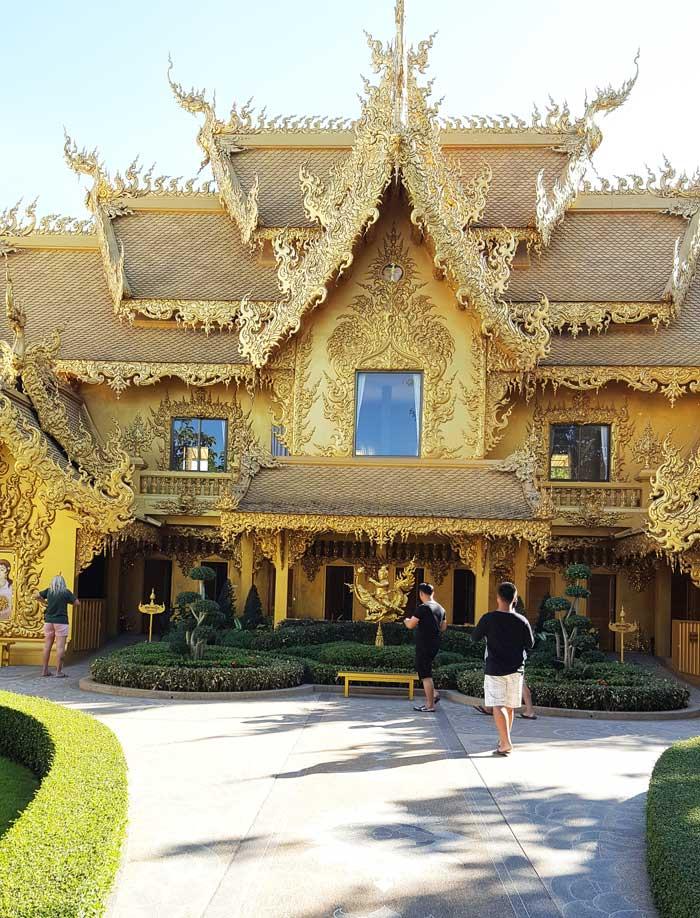 Kinh nghiệm du lịch bụi Thái Lan 14 - Đền Trắng White Temple