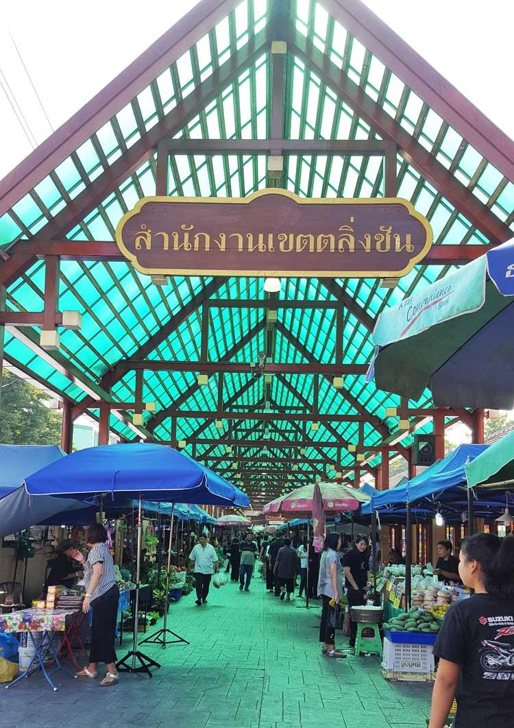 Kinh nghiệm du lịch bụi Thái Lan 3 - Taling Chang Floating Market