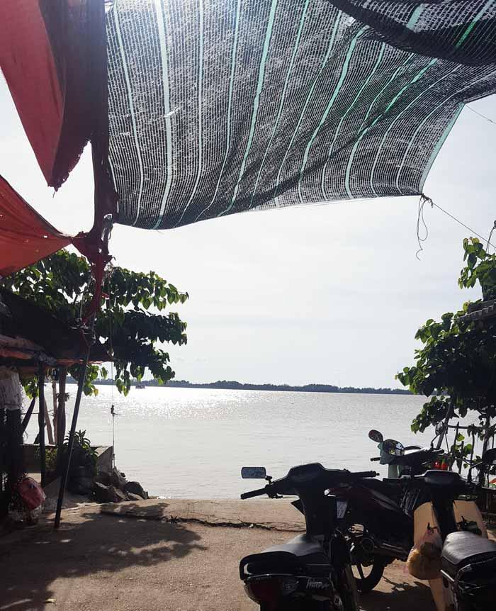 Khám phá 9 cửa sông của hệ thống sông Cửu Long 27 - Bến đò Bến Trại Long Hòa