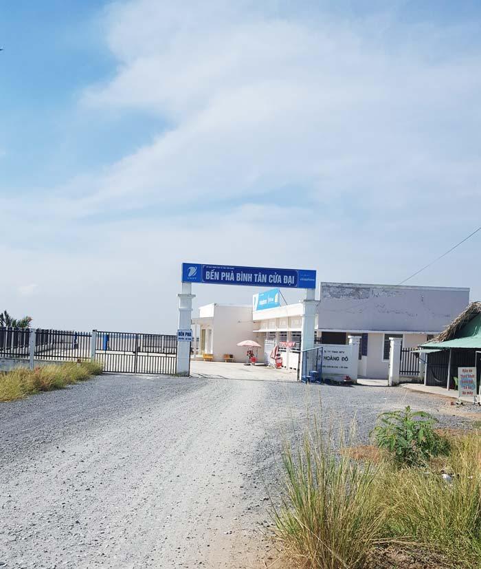 Khám phá 9 cửa sông của hệ thống sông Cửu Long 9 - Bến phà Bình Tân Cửa Đại