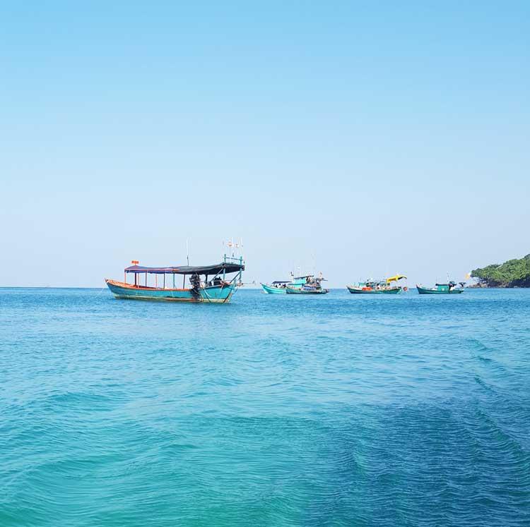 Chia sẻ kinh nghiệm du lịch bụi đảo Koh Rong Sanloem 20 - Bãi Sunset tĩnh lặng