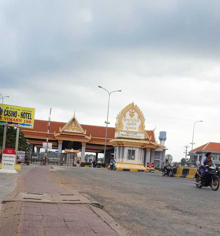 Chia sẻ kinh nghiệm du lịch bụi đảo Koh Rong Sanloem 3 - Cửa khẩu Campuchia