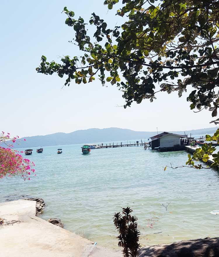 Chia sẻ kinh nghiệm du lịch bụi đảo Koh Rong Sanloem 9 - Bãi Freedom nhìn ra