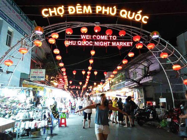 Chia sẻ kinh nghiệm du lịch bụi Phú Quốc - Chợ đêm Phú Quốc