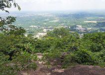 Chia sẻ kinh nghiệm leo núi Thị Vải 28 - View nhìn từ tảng đá lớn