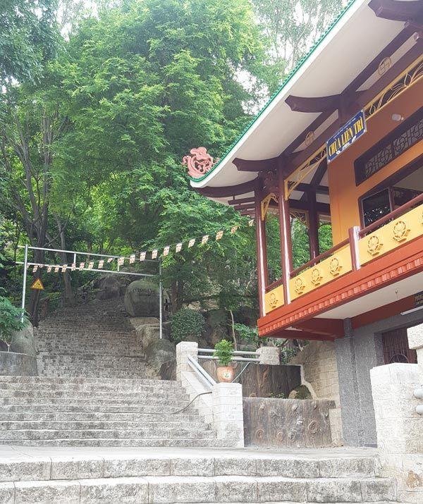 Chia sẻ kinh nghiệm leo núi Thị Vải 6 - Chùa Liên Trì