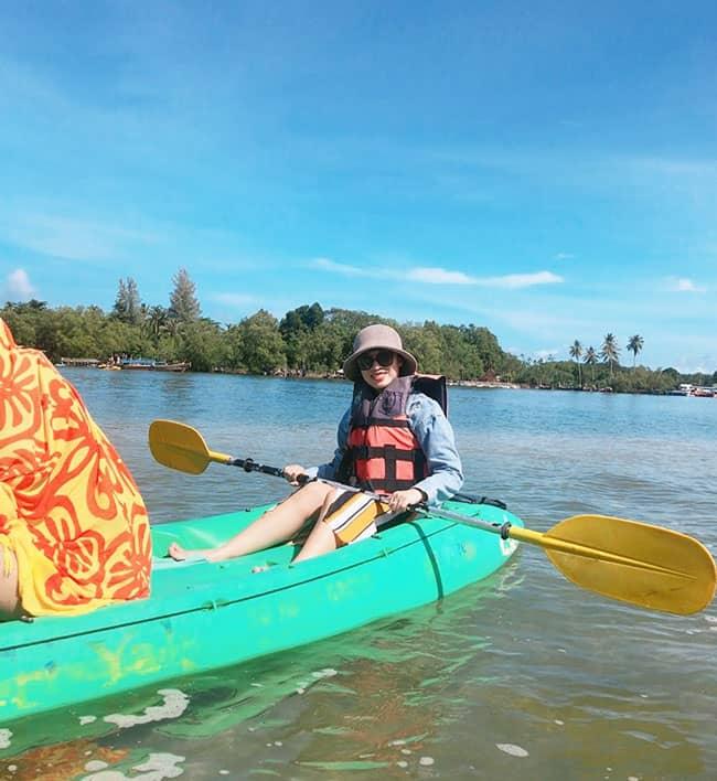 Chèo Kayak ở rừng ngập mặn