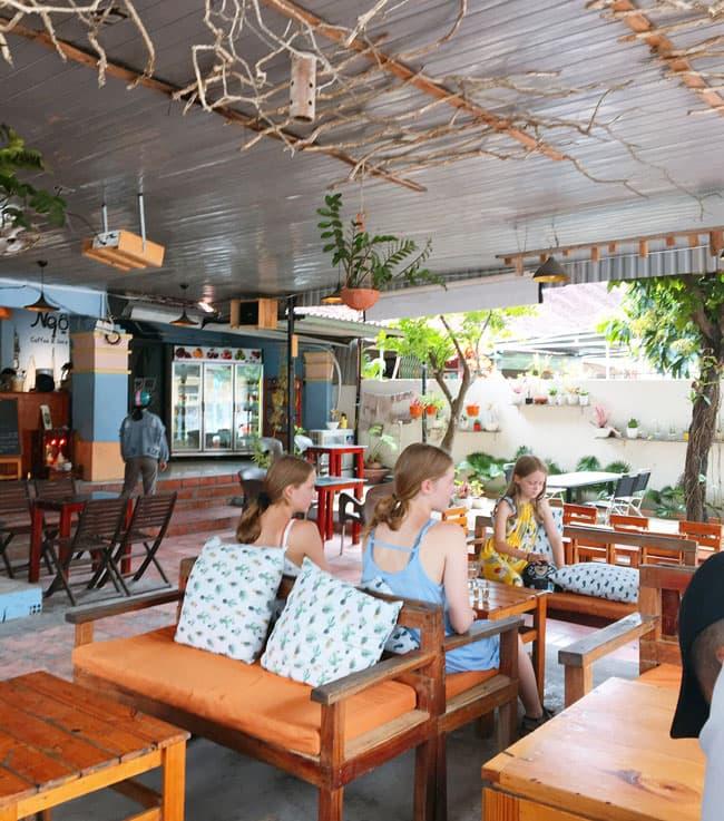 Ngộ Cafe