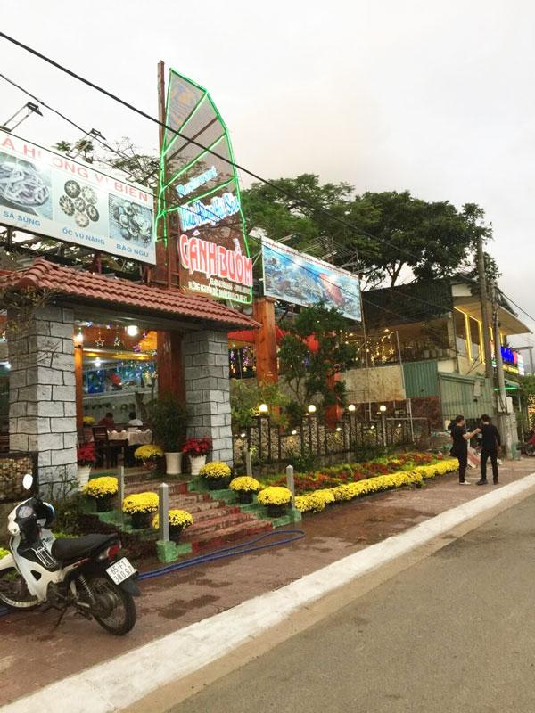 Nhà hàng Cánh Buồm